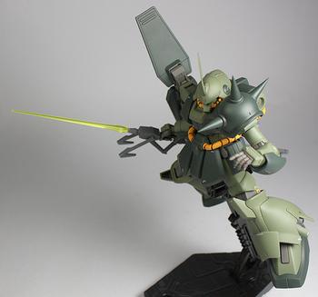 銃サーベル飛行2.jpg